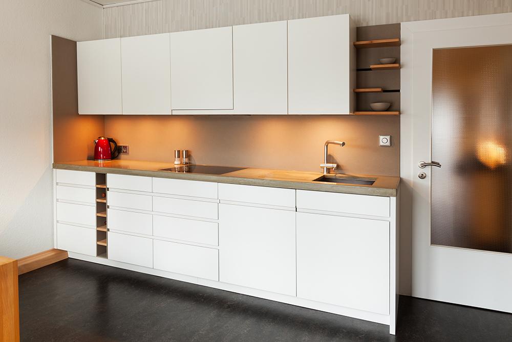 k che in wei beton und eternit equitone biber tischlerei. Black Bedroom Furniture Sets. Home Design Ideas